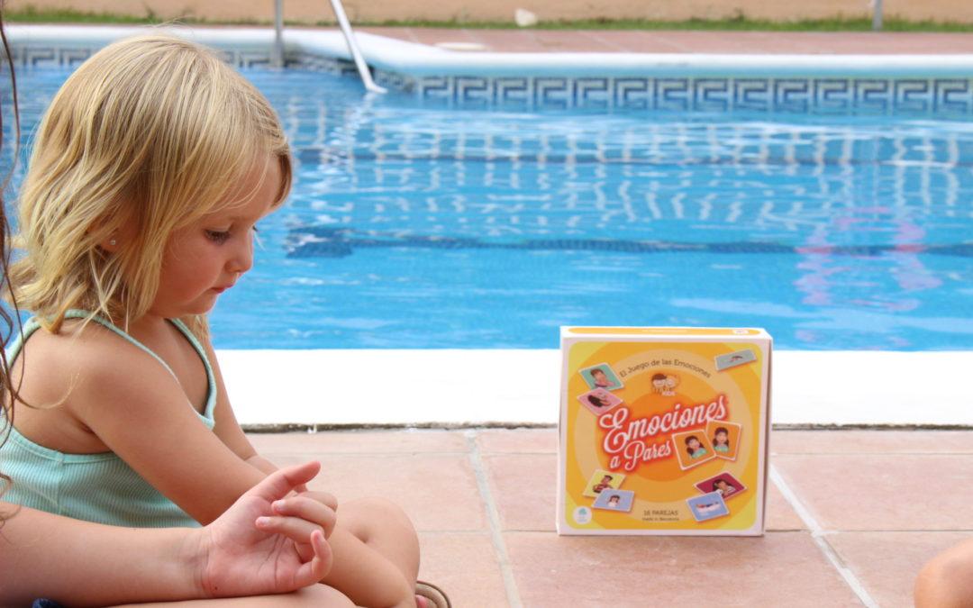 Jugando a Emociones a Pares en vacaciones